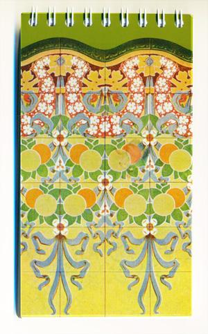 Llibreta de 14 x 8cm amb l'arrambador núm. 31 del catàleg de la fàbrica Pujol i Bausis.
